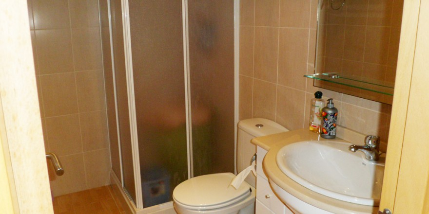 badkamer-Appartement-Rojales-vakantiehuisinspanje