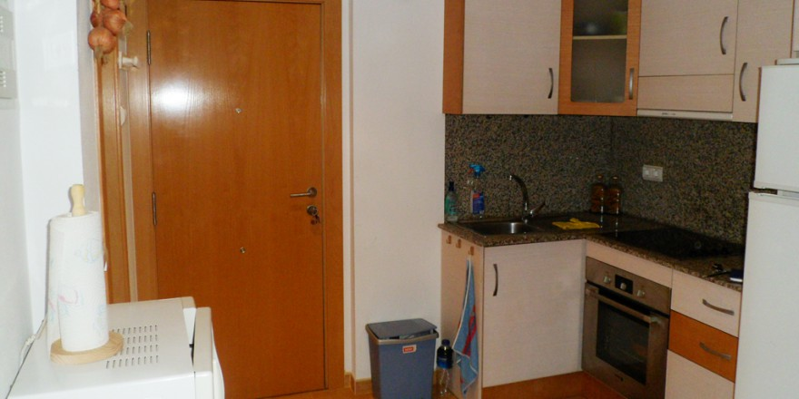 keuken-Appartement-Rojales-vakantiehuisinspanje
